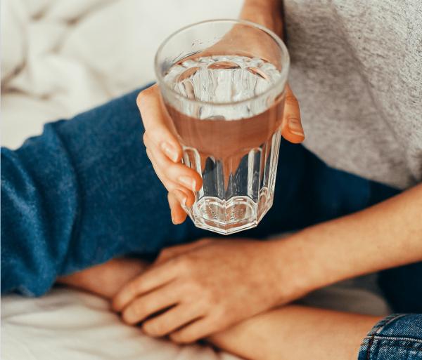 Dystrybutor wody do domu – czy to dobry pomysł?