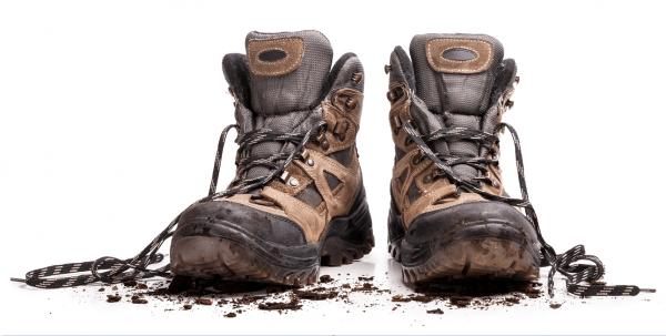 Wybór butów dla dekarzy – poradnik